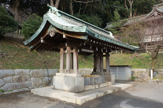 Takamishrine02