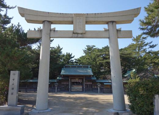 Nakayamashrine09