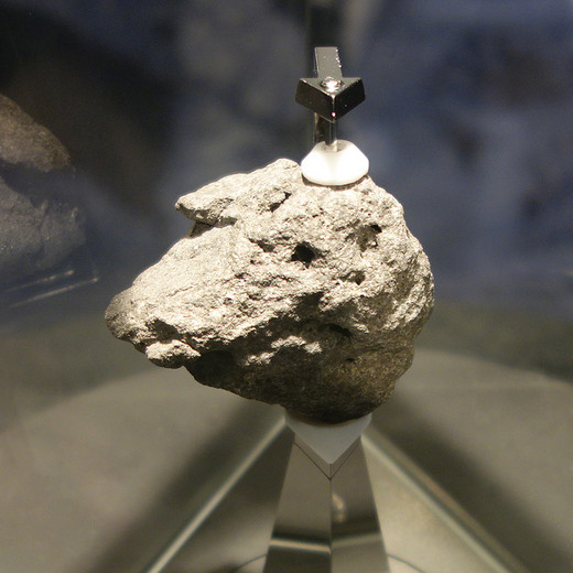 Moonrock00_3
